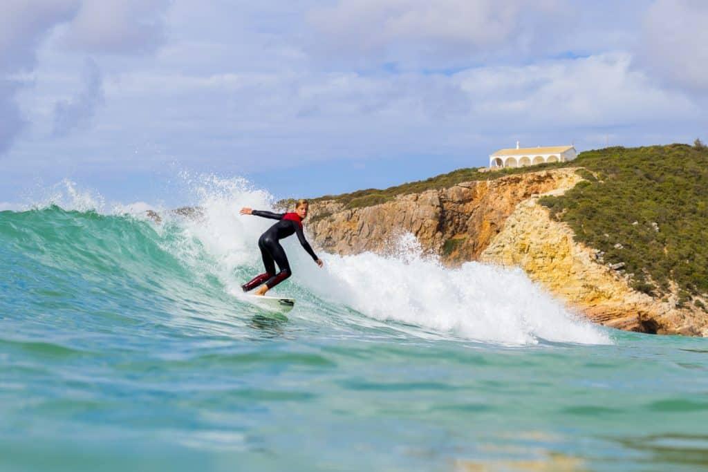 Leer surfen op surfvakantie in Frankrijk Portugal of Spanje