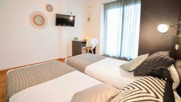 France Single Fin Hotel Lodge room inside 3