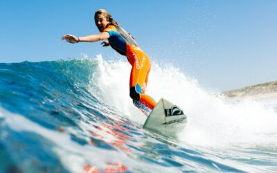 France Surflife O'Neill Surfcamp Mimizan Surf girl