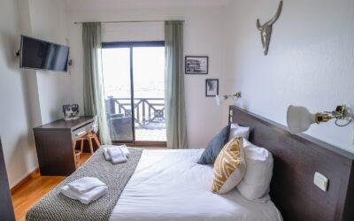 France_Single_Fin_Hotel_double_room64