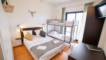 France_Single_Fin_Hotel_family_room56