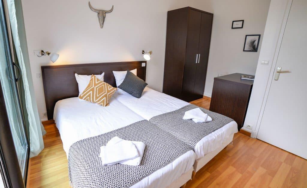 France_Single_Fin_Hotel_twin_room74