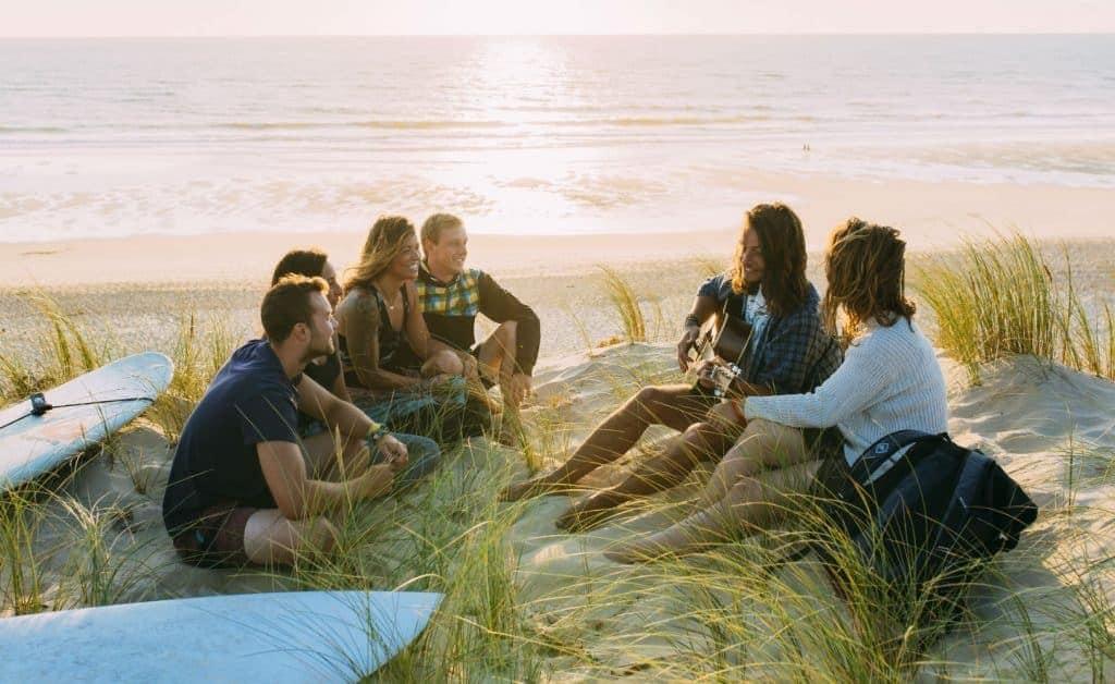 Op zoek naar de ultieme jongerenvakantie Kom naar een van de surfcamps van Surflife