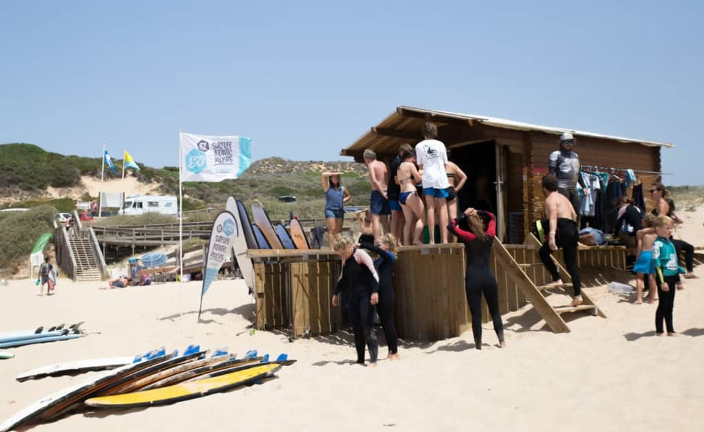 Portugal Atlantic Riders Surfschool beachhut
