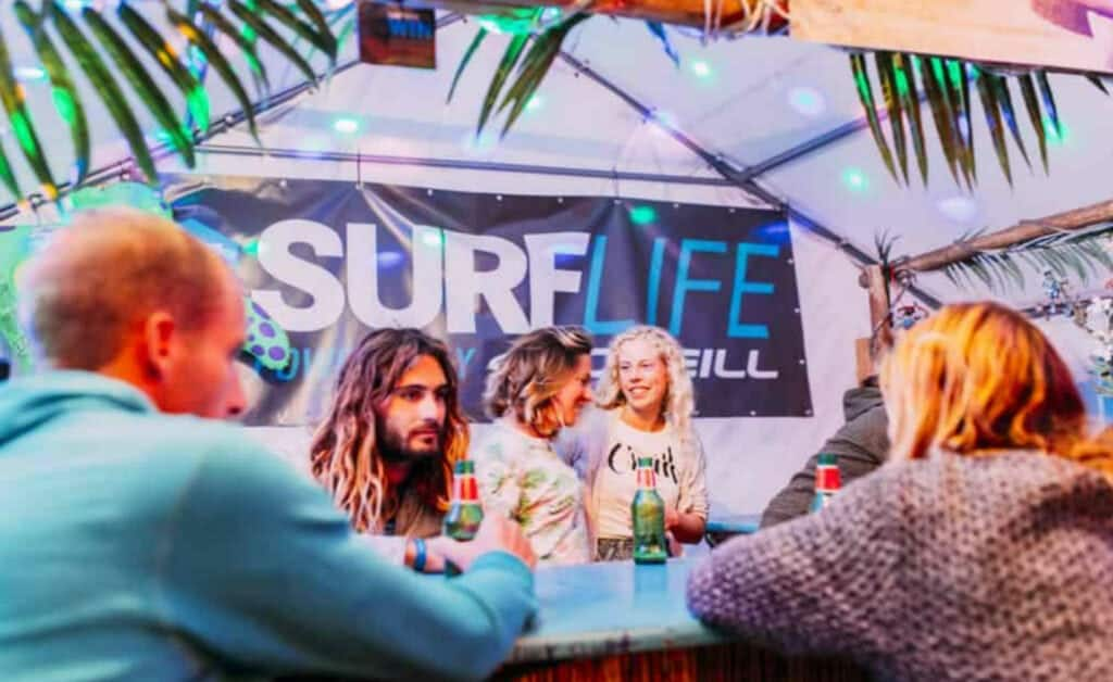 France O'Neill Surflife Carcans bar chill