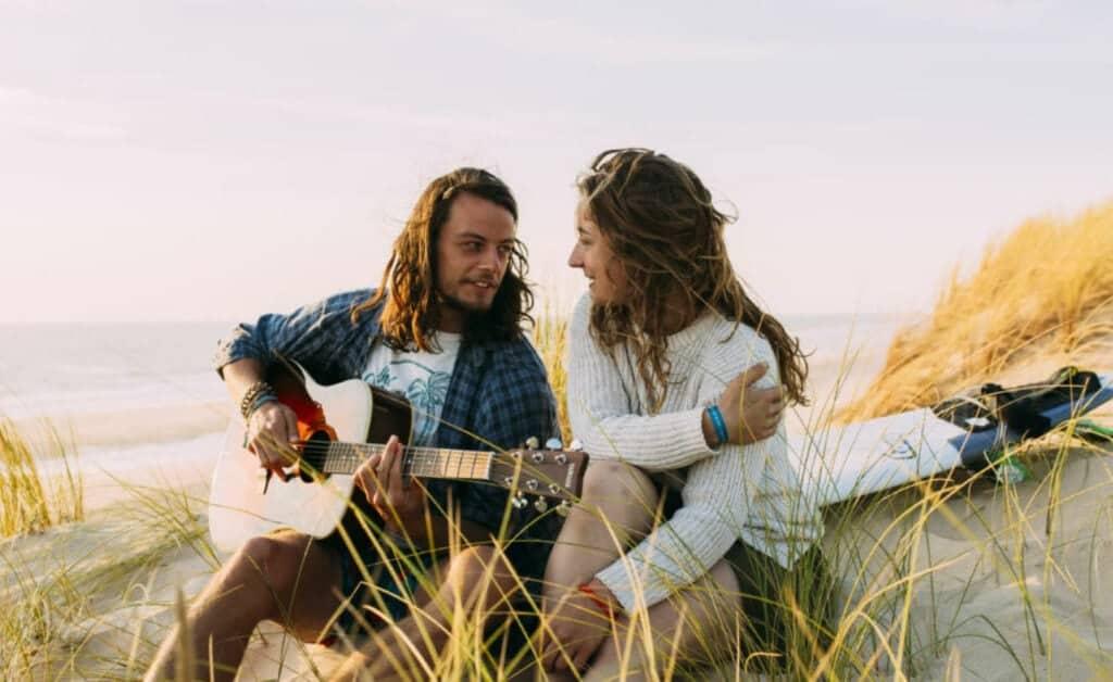 France O'Neill Surflife Carcans sunset guitar