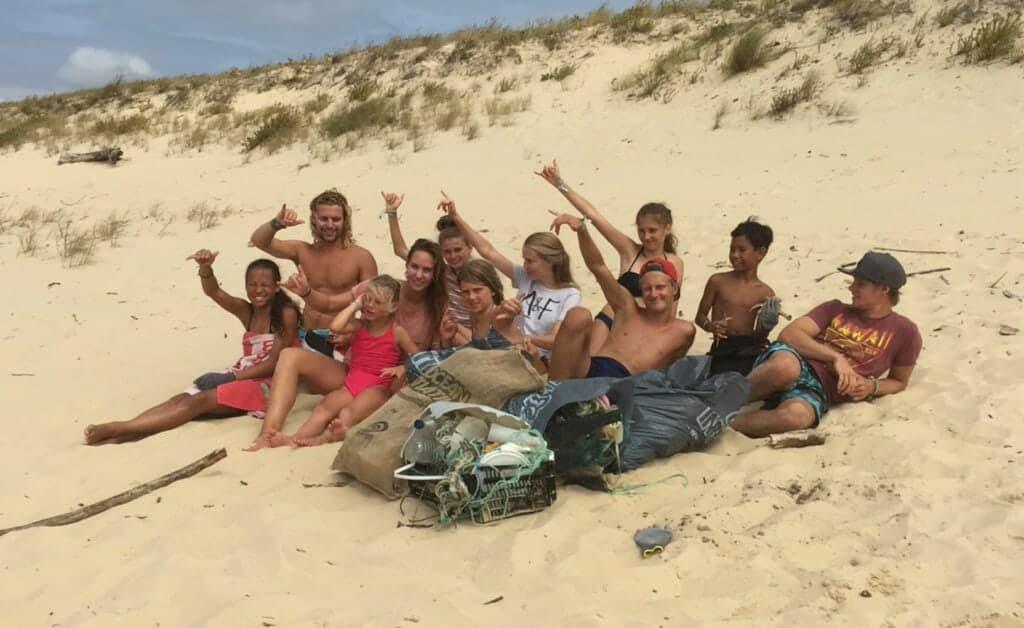 Surlife Family Mimizan beach clean up