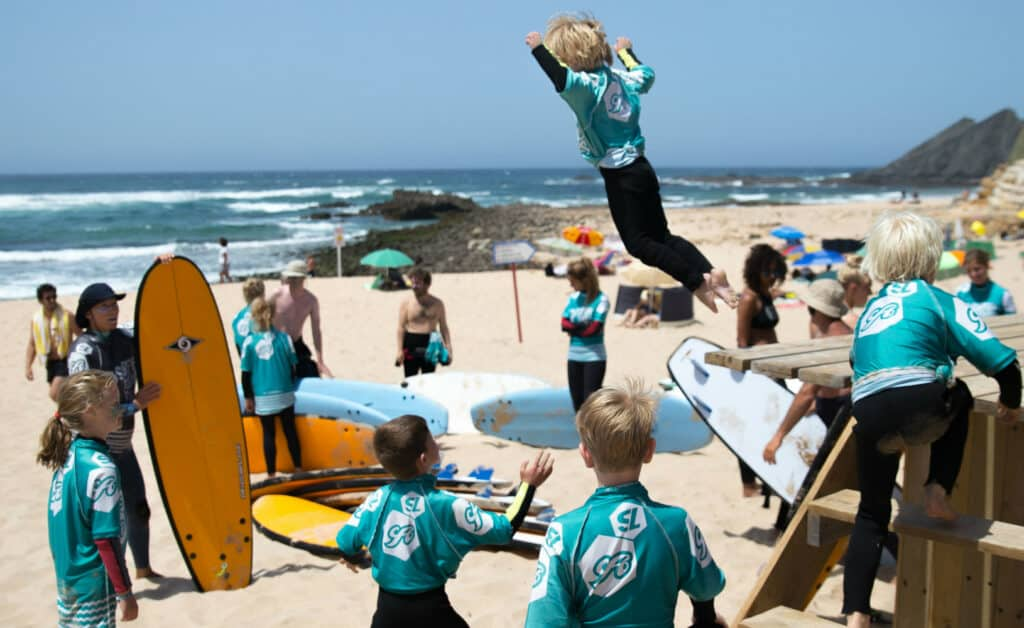 Surflife Family Portugal surf fly 2